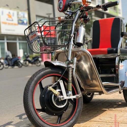 Electric 3-Wheel Scooter